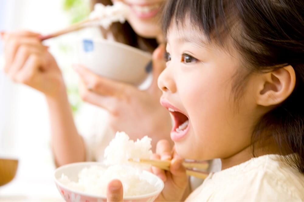 お子さんの虫歯を放置してしまうリスクについて